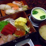 味のなかた - 料理写真:寿司御膳。小ぶりな握りと上品な茶碗蒸し。