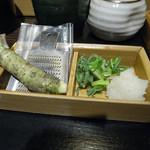 そば うどん 今日亭 - お料理にプラス200円で「本わさび」がつきます