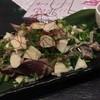 旬菜イチバ陣屋門 - 料理写真:カツオのタタキ(ひと皿目)