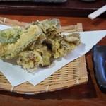 手打ちそば 方谷庵 - 舞茸天ぷら   350円    南瓜、ピーマン