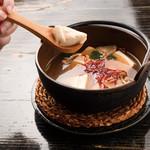 居酒屋 小ばちゃん - 名物 鷹の爪豆腐