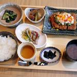 SHARI - SHARI風豚カツ定食