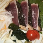 酒と肴 SUIGEI - 19/10 鰹の塩たたきと香味野菜添え:980円