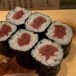 葵寿司 - 料理写真:鉄火巻き
