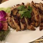 ドゥワン ディー - 鶏肉の焼いたの