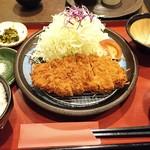 117254275 - 三元豚ロースカツ定食