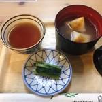 上高地明神館 - 料理写真:もち入りおしるこ (600円)