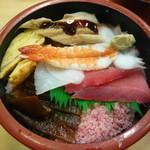 おしどり寿司 - ちらし寿司ランチ