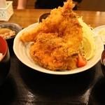 肴亭 庄兵衛 - ミックスフライ定食