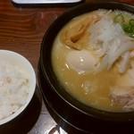 RAMEN 風見鶏 - 濃厚醤油、ランチライス