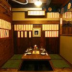 居酒屋 葉牡丹 - 老舗の雰囲気で落ち着く座敷