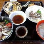 密漁船 - イワシ三兄弟(定食)