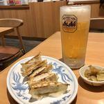 福しん - 生ビールセット(生中、餃子、お通し)