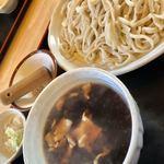 田舎うどんかもkyu - 料理写真:ぶた汁うどんの太麺中盛り