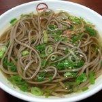 丸一そば屋 - 料理写真:並そば(450円)