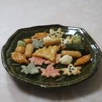 京都宇治 式部郷 - 料理写真:京こひし ひかるあられ 秋いろは