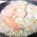 若松家 - 料理写真:♦︎海老炒飯 750