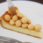 117304582 - ゴルゴンゾーラチーズケーキ