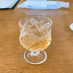 117306904 - 食前酒(梅ジュース)