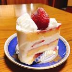 ストロベリーショートケーキ - ストロベリーショートケーキ