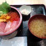 2012.2豪華うまい丼 ¥1200