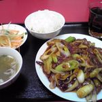 喜満家 - レバーとホルモン炒め定食\690