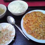 喜満家 - 海老と卵炒め定食¥590