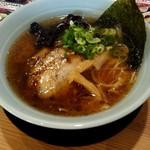 あかつき - 料理写真:醤油チャーシュー麺