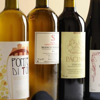 厳選ワインや日本酒など、お好みに合わせて楽しめるペアリング