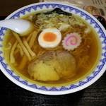 三男坊 - スープはカツオ、煮干が香り、動物系のコクもばっちり!