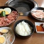 11736038 - カルビ焼肉セット(150g+三元豚豚トロ