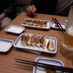 リンガーハット プレミアム - やっぱり、餃子は満州餃子が好き(笑)