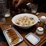 リンガーハット プレミアム - 一行の一人が、朝から頼んだ麺二倍増しチャンポン