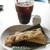 スプーン - アイスコーヒーとビスコッティ
