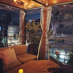 屋根裏のパリ食堂 -