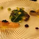 La Resonance - 前菜 サーモンマリネとフレンチキャビア マグロの炙りと雲丹