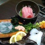 魚と酒 はなたれ - 刺身三種盛り