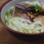 新山そば - 麺