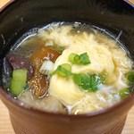 柚木元 - 熊鍋の出汁を使っての玉子スープ、イグチ入り