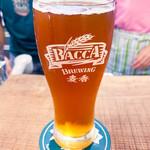 Bacca ブルーイング - 隣室の醸造設備で造られるクラフトビール