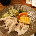 Ryoutei - ピーチポークのピリ辛鍋(豚しゃぶサラダ)
