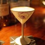 バー・バーンズ - カボスと日本酒と和三盆のカクテル