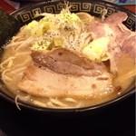 豚人なかまる 栗東店 - とこ塩とんこつ(太麺)