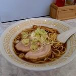 麺や二代目 夜来香 - 醤油ラーメン大盛り730円