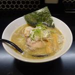 麺屋 しとらす - 塩ソバ 780円