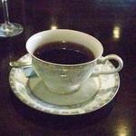 ナナコーヒーショップ - 落ち着きすぎて、普通のカップでおかわりのコーヒー