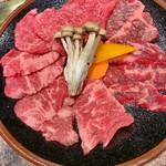 和牛カルビ屋 朱苑 - お手軽五点盛り(カルビ、ロース、ハラミ) 3,509円