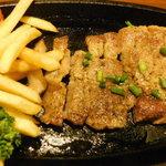 個室肉バル がむしゃら - イベリコ豚の炙り焼き