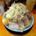 ラーメン 盛太郎 - チャーシュー麺、煮玉子940円(野菜マシマシ、脂少し)
