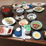 萬谷旅館 - 料理写真:初日の夜
